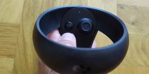 oculus quest kontroler - widok od góry